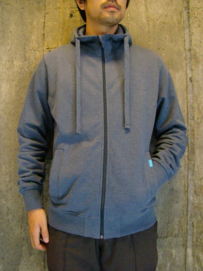 "|【TWOTHIRDS トゥサーズ】BISCA SWEAT JKT ""stone blue""写真"