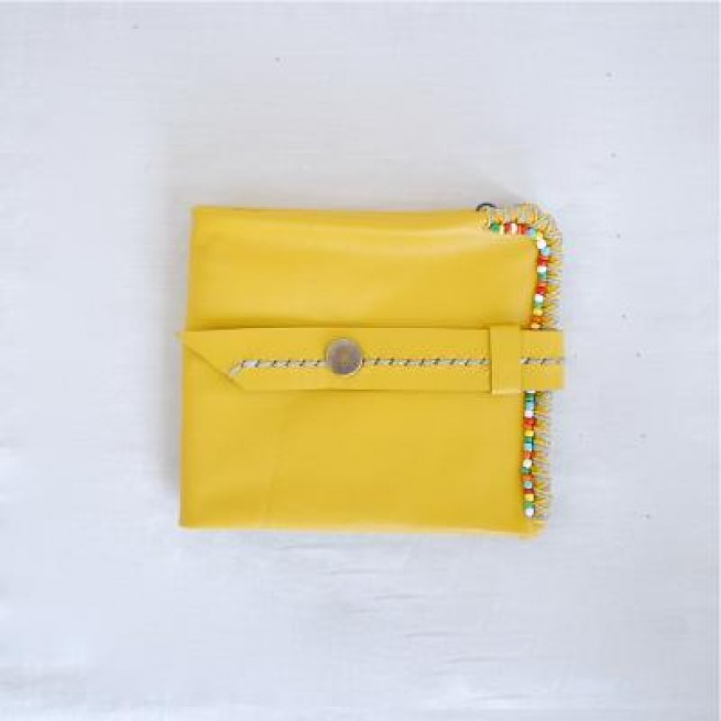 【NOI】BEADS LEATHER WALLET / YELLOW写真