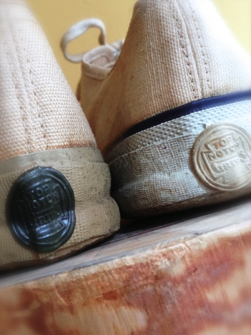 DEADSTOCK ! 30 〜 40's TOP NOTCH GRIPS canvas shoes写真
