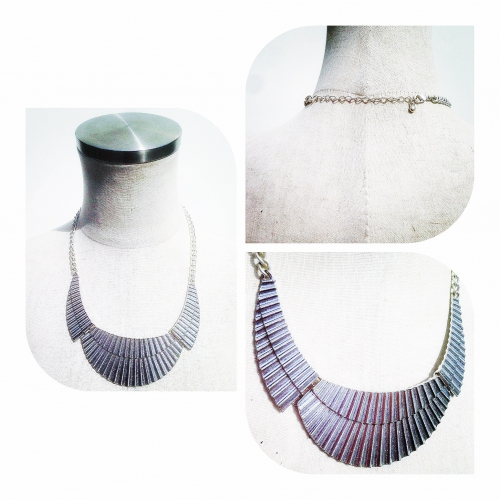 Design plate necklace.写真