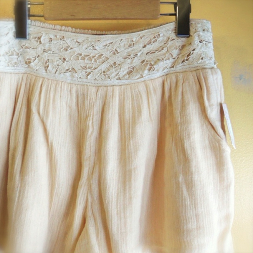 Free People lace-shorts写真