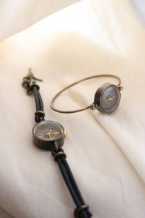 Accessories_Brass Watch