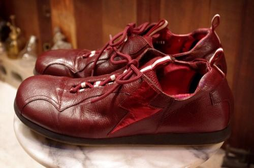 「miu miu」leather bordeaux color running shoes写真