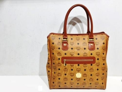MCM(エムシーエム)ヴィンテージトート入荷!写真