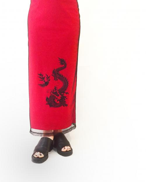 【 dragon pattern 】 long skirt‬写真