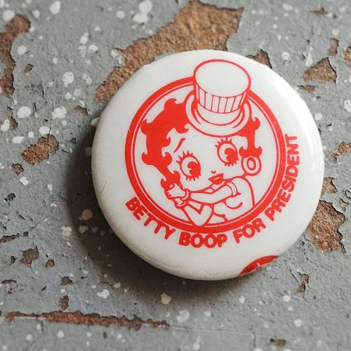 1980's BETTY BOOP FOR PRESIDENT Pinback Buttons写真