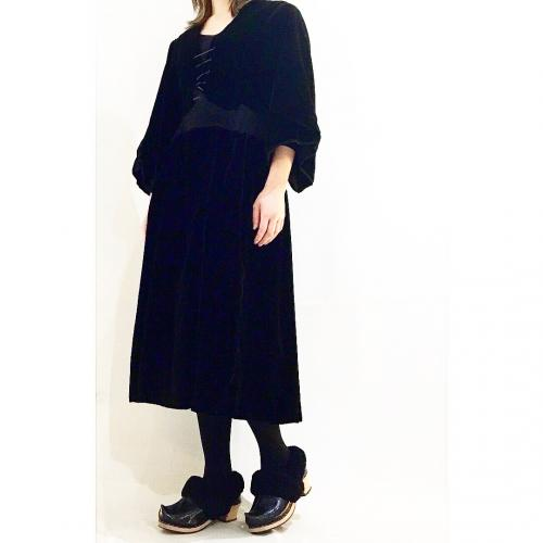 【 LATE 1800's FRANCE BRETAGNE ANTIQUE 】 lace up × velours dresses写真