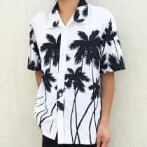 【 Black and white s/s hawaiian shirt 】 recommend for Men.