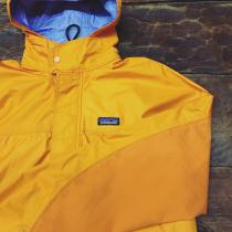 【 Patagonia nylon zip jacket 】 recommend for Men. .