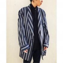 【 vintage striped pattern gown 】 recommend for Men.