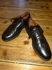 Wing Tip Leather Shoes