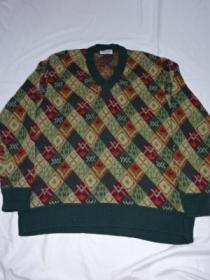 1990's Design V-Neck Sweater