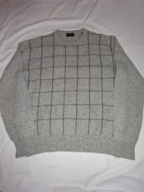 Design Crew Neck Sweater