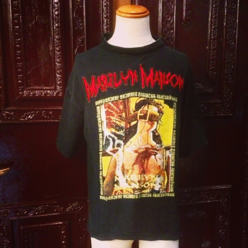 "Men's ""Marilyn Manson"" Print & Embroidery tee.写真"