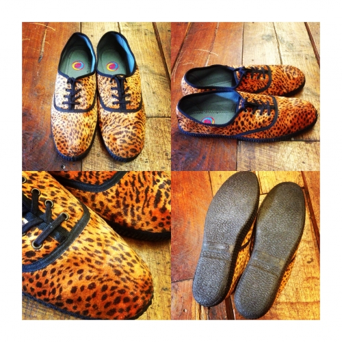 Men's Leopard pattern Design sneaker.写真