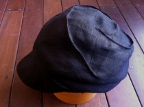 Black Linen Escargot Cap