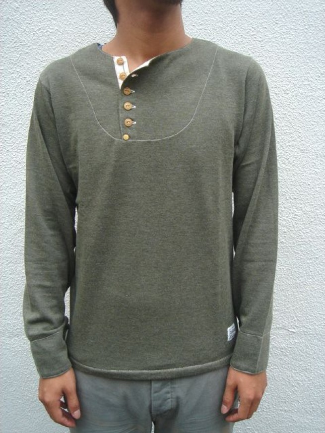 "|【ANACHRONORMアナクロノーム】 TILTED HENLEY NECK ""OD""写真"