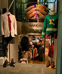 MANOA used clothing